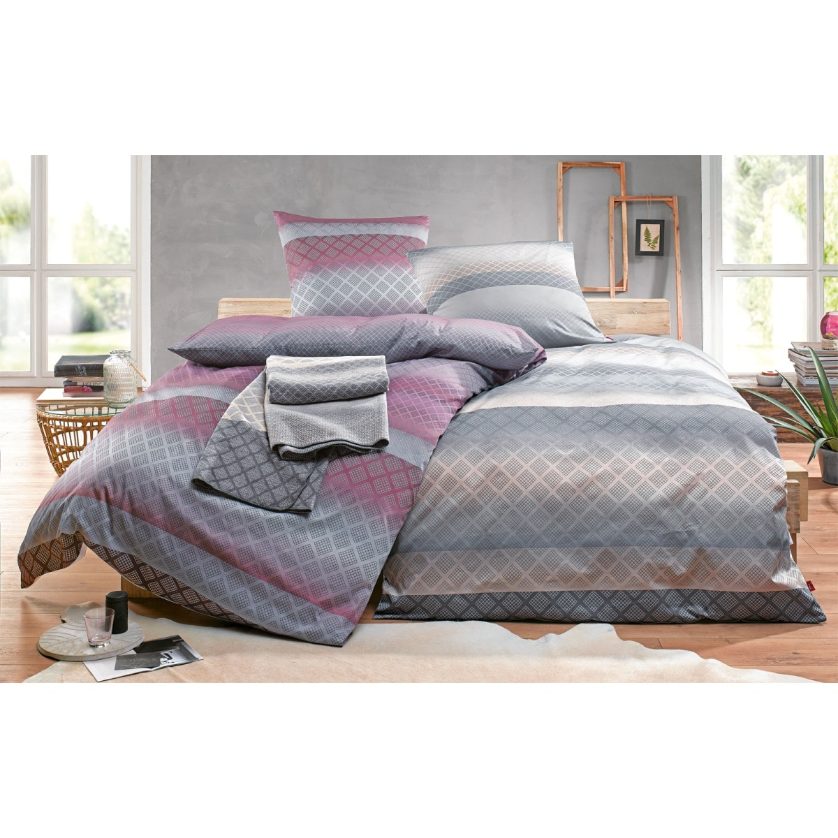 s oliver satin bettw sche 135 x 200 cm in lila grau. Black Bedroom Furniture Sets. Home Design Ideas