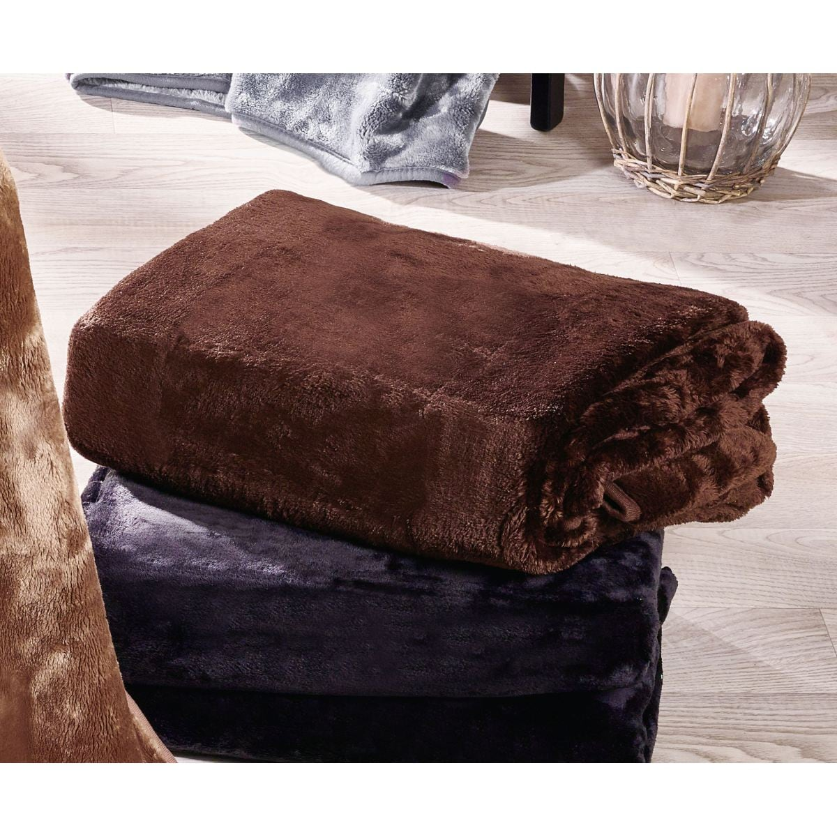pronight cashmere plaid braun porta porta m bel. Black Bedroom Furniture Sets. Home Design Ideas